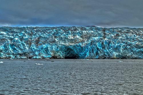 SvalbardHDRLedovec